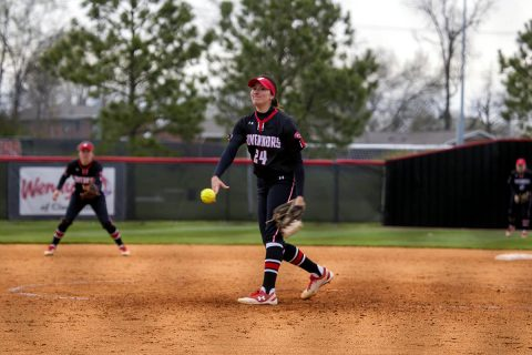 Austin Peay Softball takes care of business Saturday with sweep of SIU Edwardsville. (APSU Sports Information)