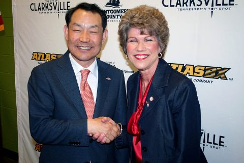 Clarksville Mayor Kim McMillan welcomes ATLASBX CEO Ho Youl Pae to Clarksville.