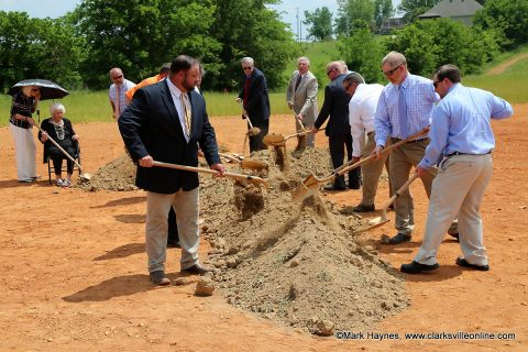 Lone Oak Baptist Church leadership breaks ground on their new Church site on Highway 48.