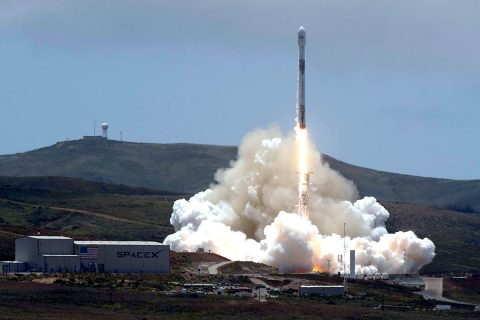 The NASA/German Research Centre for Geosciences GRACE Follow-On spacecraft launch onboard a SpaceX Falcon 9 rocket, Tuesday, May 22, 2018, from Space Launch Complex 4E at Vandenberg Air Force Base in California. The mission will measure changes in how mass is redistributed within and among Earth's atmosphere, oceans, land and ice sheets, as well as within Earth itself. (NASA/Bill Ingalls)