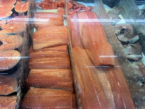 A new scientific advisory from the American Heart Association reaffirms the Association's recommendation to eat two servings of fish per week. (American Heart Association)