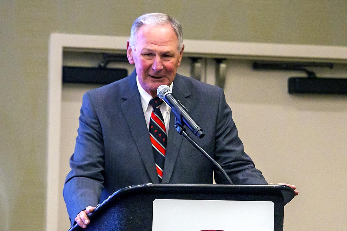 Dave Loos inducted into the Ohio Valley Conference Hall of Fame. (APSU Sports Information)