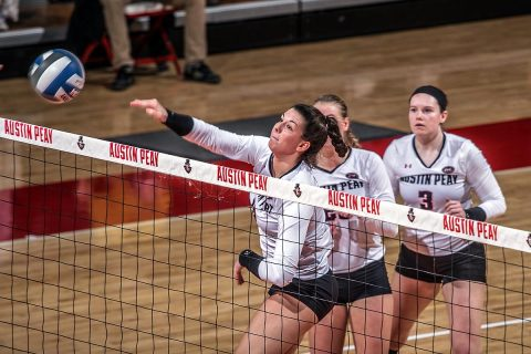 Austin Peay Women's Volleyball defeats Trevecca in five sets Tuesday afternoon at the Dunn Center. (APSU Sports Information)