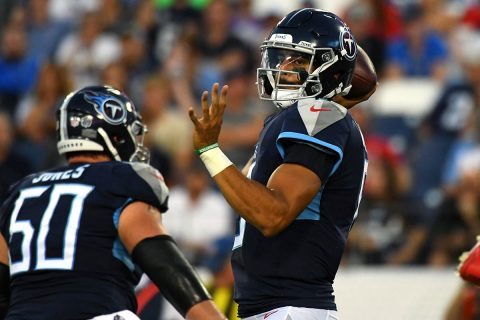 Tennessee Titans quarterback Marcus Mariota (8) attempts a pass during the first half against the Tampa Bay Buccaneers at Nissan Stadium. (Christopher Hanewinckel-USA TODAY Sports)