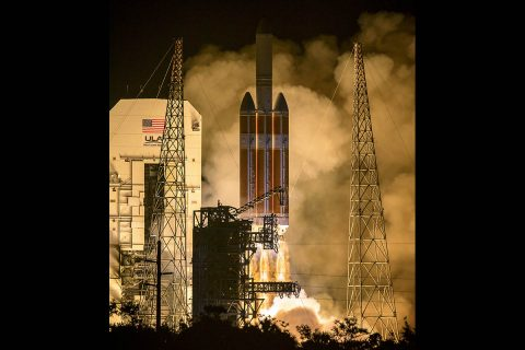 The United Launch Alliance Delta IV Heavy rocket launches NASA's Parker Solar Probe to touch the Sun, Sunday, August 12th, 2018, from Launch Complex 37 at Cape Canaveral Air Force Station, Florida. Parker Solar Probe is humanity's first-ever mission into a part of the Sun's atmosphere called the corona. (NASA/Bill Ingalls)