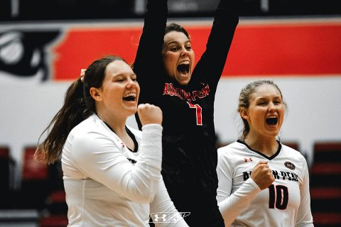 Austin Peay Women's Volleyball beats Ole Miss Friday morning at Rice adidas Invitational. (APSU Sports Information)