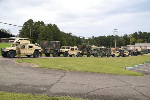 Members of the Tenn. Guard's 117th Military Police Battalion prepare to depart battalion headquarters in Athens, Tenn. for South Carolina, September 16, 2018. More than 100 personnel from the battalion will provide assistance to South Carolina residents in the aftermath of Hurricane Florence. (CW4 Nick Atwood, Tenn. National Guard)