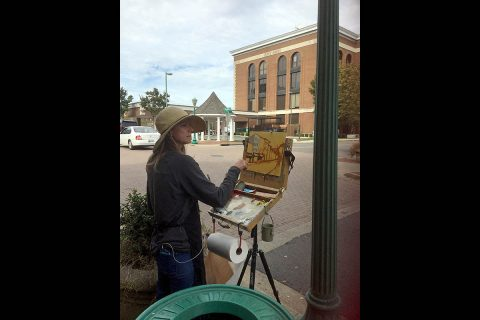 Tiffany Foss on Frank Street during last years 2Rivers Plein Air Paint-Out.