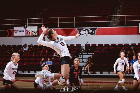 Austin Peay Women's Volleyball unable to close out Belmont at the Curb Event Center Friday night. (APSU Sports Information)