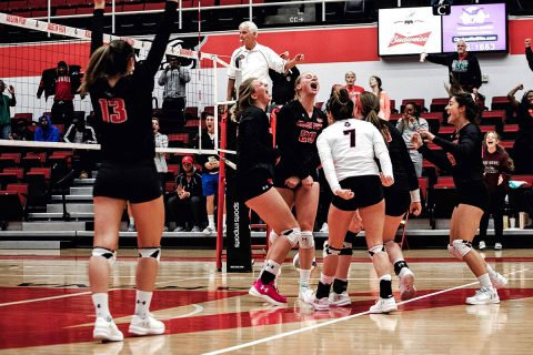 Austin Peay Women's Volleyball beats Western Kentucky in five sets Tuesday night at the Dunn Center. (APSU Sports Information)