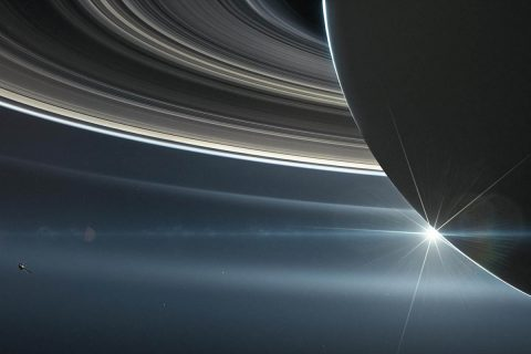 Illustration: NASA's Cassini spacecraft in orbit around Saturn. (NASA/JPL-Caltech Credit: NASA/JPL-Caltech)