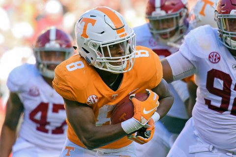 Tennessee Volunteers running back Ty Chandler (8) runs the ball against the Alabama Crimson Tide during the first half at Neyland Stadium. (Randy Sartin-USA TODAY Sports)