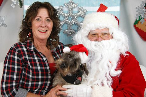 A favorite from the Santa Paws 2017 photo collection. (Amy Shaver, Humane Society of Clarksville-Montgomery County)