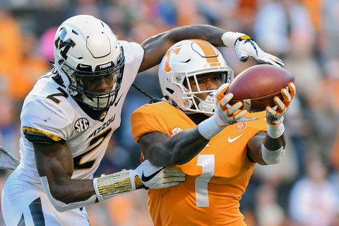 Tennessee Volunteers wide receiver Marquez Callaway (1) catches a pass against Missouri Tigers defensive back DeMarkus Acy (2) during the first half at Neyland Stadium. (Randy Sartin-USA TODAY Sports)