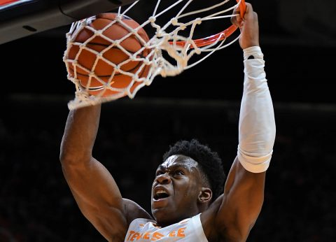 Tennessee Volunteers guard Admiral Schofield (5) dunks the ball against the Tennessee Tech Golden Eagles during the first half at Thompson-Boling Arena. (Randy Sartin-USA TODAY Sports)