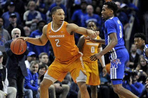Tennessee Volunteers forward Grant Williams (2) dribbles the ball as Memphis Tigers guard Jeremiah Martin (3) defends during the second half at FedExForum. (Justin Ford-USA TODAY Sports)