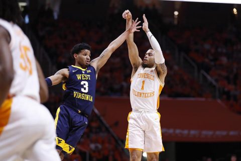 Tennessee Vols Basketball's Lamonte Turner ties his season-high with 23 points on 8-of-10 shooting to lead Vols to third straight win in SEC/Big-12 Challenge. (UT Athletics)