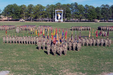 Maj. Gen. Brian Winski poses for a photo with 101st Airborne Division (Air Assault) Soldiers, Feb. 13, the day prior to taking command of the world's only air assault division, at Fort Campbell, Kentucky. Winski assumed command from Maj. Gen. Andrew Poppas, who will move on to the Pentagon as the director of operations for the Joint Staff. (Sgt. Patrick Kirby, 40th Public Affairs Detachment).