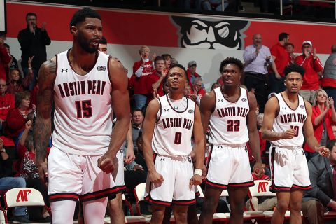 Austin Peay Men's Basketball loses at home to Murray State 73-71 at the Dunn Center Thursday night. (Robert Smith, APSU Sports Information)