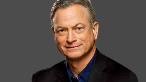 "Gary Sinise to sign copies of his new book ""Grateful American: A Journey from Self to Service"" at the Fort Campbell Exchange on Tuesday, February 19th."
