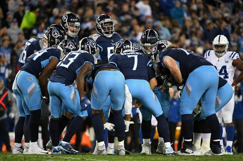Tennessee Titans quarterback Blaine Gabbert (7) talks in the huddle during the first half against the Indianapolis Colts at Nissan Stadium. (Christopher Hanewinckel-USA TODAY Sports)