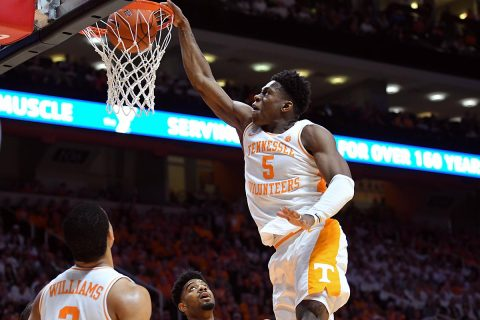 Tennessee Volunteers guard Admiral Schofield (5) dunks the ball against the Florida Gators during the second half at Thompson-Boling Arena. Tennessee won 73 to 61. (Randy Sartin-USA TODAY Sports)