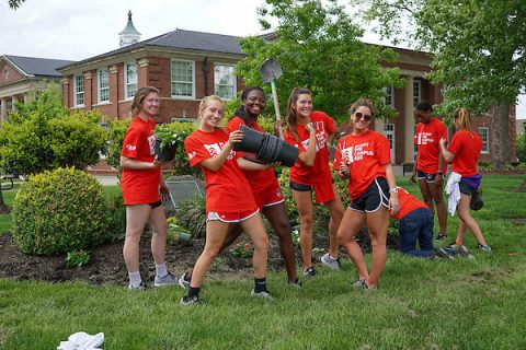 "Volunteers ""Plant the Campus Red"" at the annual campus beautification event on Thursday, April 20th, 2017. (Beth Lowary, APSU)"