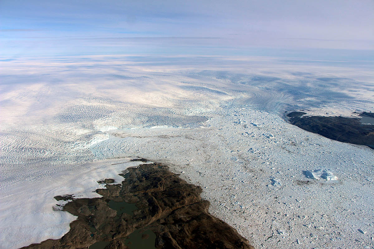Melting Greenland Glacier Now 'Growing Again,' Climate Scientists 'Surprised — BRAIN FREEZE