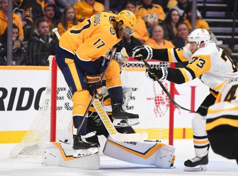 Mar 21, 2019; Nashville, TN, USA; Nashville Predators right wing Wayne Simmonds (17) attempts a jump screen on a shot from the point against the Pittsburgh Penguins during the first period at Bridgestone Arena. Mandatory Credit: Christopher Hanewinckel-USA TODAY Sports