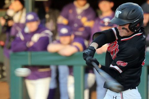 Austin Peay Baseball drops both games of doubleheader Saturday to Eastern Kentucky. (Robert Smith, APSU Sports Information)