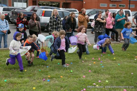 Hilltop Supermarket Easter Egg Hunt
