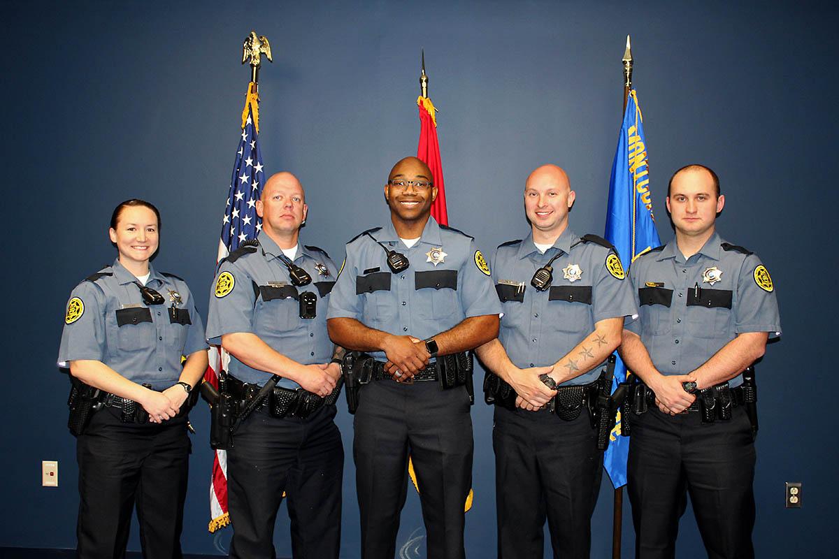 inneshiek county sheriffs officials - HD1200×800
