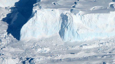 Thwaites Glacier. (James Yungel, NASA)