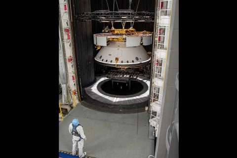 NASA's Mars 2020 Spacecraft undergoes inspection. (NASA/JPL-Caltech)