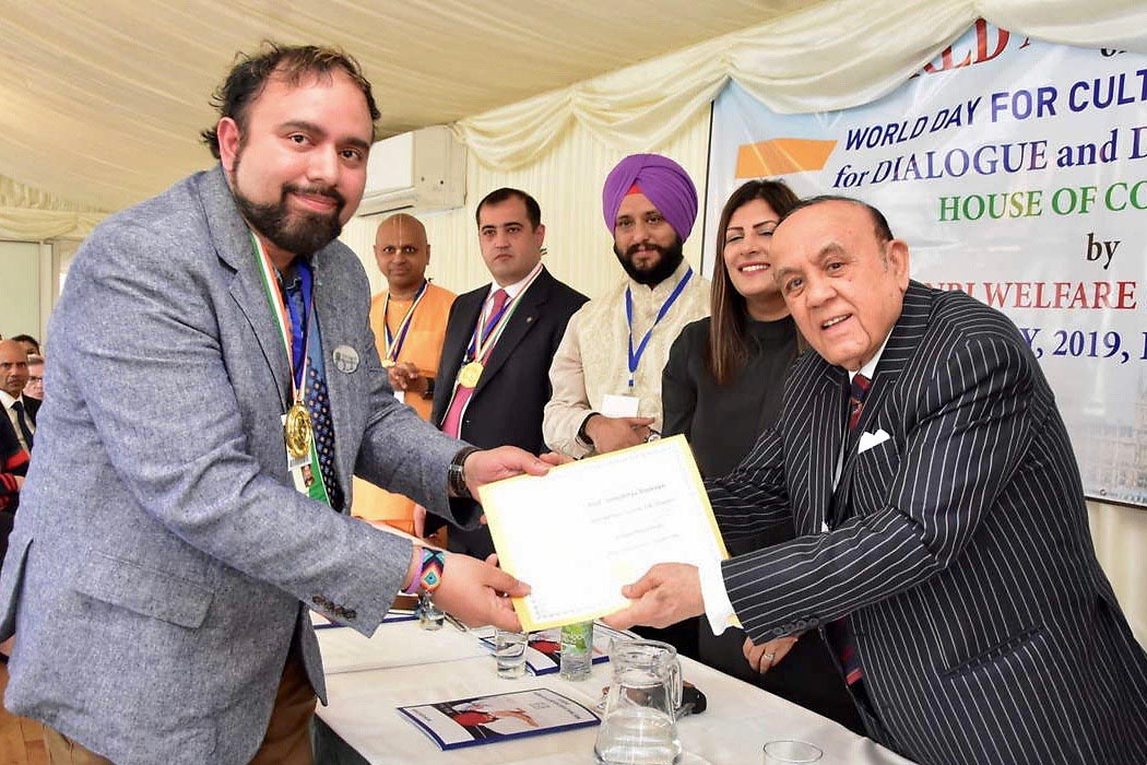 The Non-Resident Indian (NRI) Welfare Society of India presented Dr. Somaditya Banerjee, with Austin Peay State University, the Mahatma Gandhi Leadership Award. (APSU)