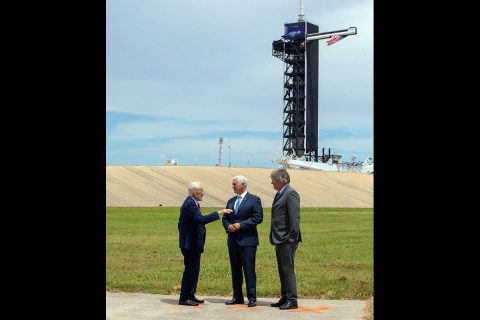 Vice President Mike Pence celebrates the 50th anniversary of the Apollo 11 Moon landing with Apollo 11 Lunar Module Pilot Buzz Aldrin (left) and Rick Armstrong (right), son of Apollo 11 Commander Neil Armstrong, during a visit to Launch Complex 39A at NASA's Kennedy Space Center in Florida on July 20, 2019. (NASA/Kim Shiflett)