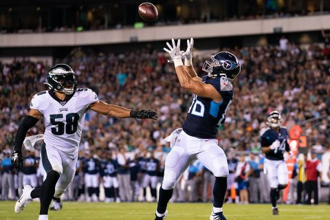 Tennessee Titans tight end Anthony Firkser (86) makes a touchdown reception against Philadelphia Eagles linebacker L.J. Fort (58) during the second quarter at Lincoln Financial Field. (Bill Streicher-USA TODAY Sports)