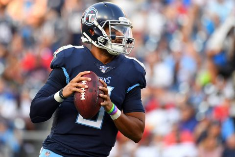 Tennessee Titans quarterback Marcus Mariota (8) attempts a pass during the first half against the New England Patriots at Nissan Stadium. (Christopher Hanewinckel-USA TODAY Sports)