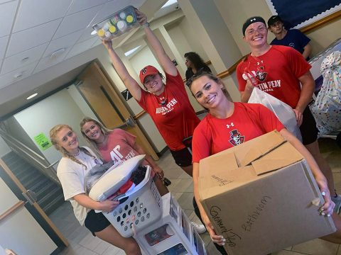 Austin Peay State University move in day. (APSU)
