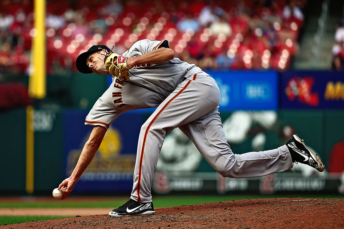 San Francisco Giants relief pitcher Tyler Rogers (71) pitches during the eighth inning against the St. Louis Cardinals at Busch Stadium. (Jeff Curry-USA TODAY Sports)