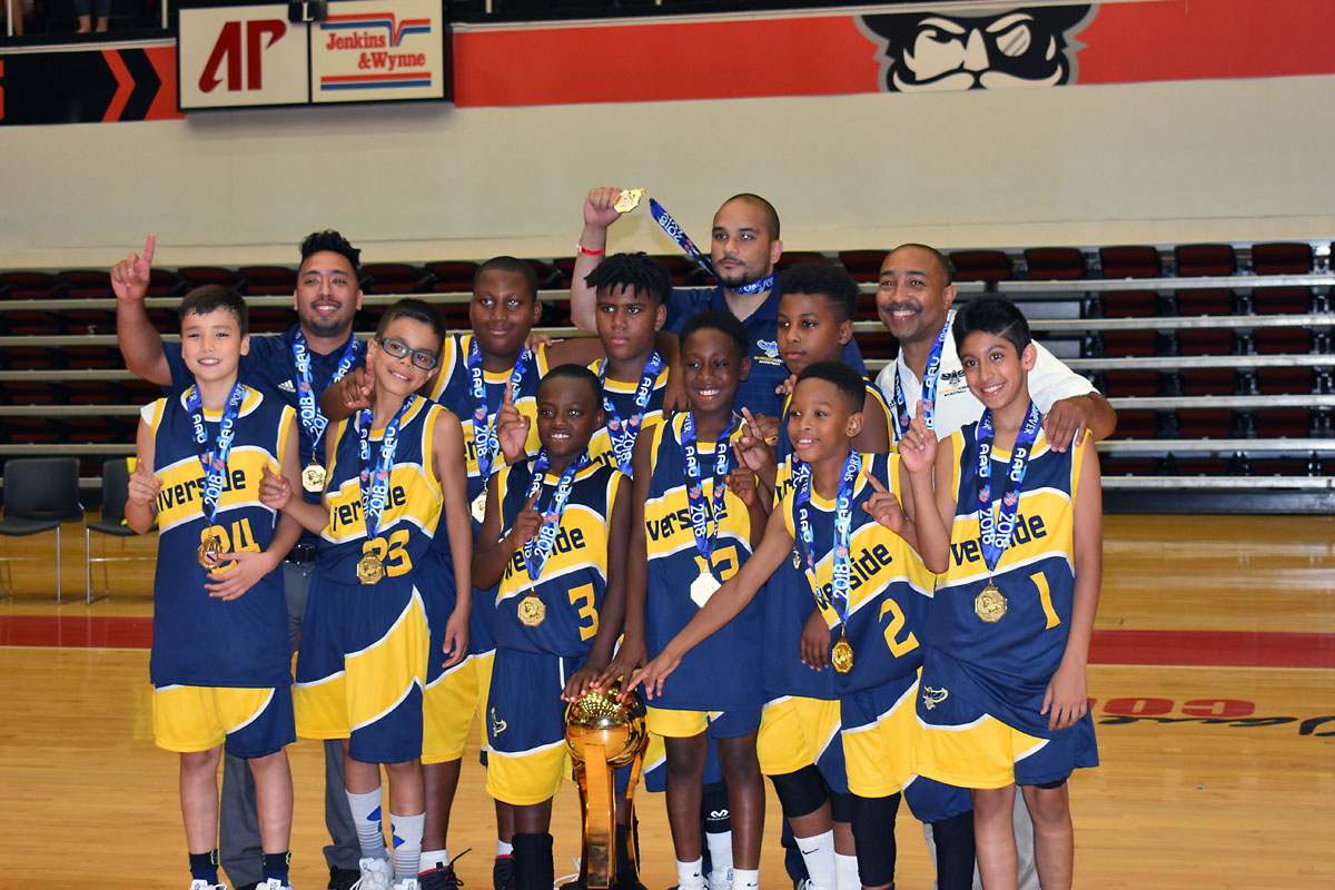 The Riverside (CA) Hawks claimed the Division 1 10U Championship in Clarksville in 2018.