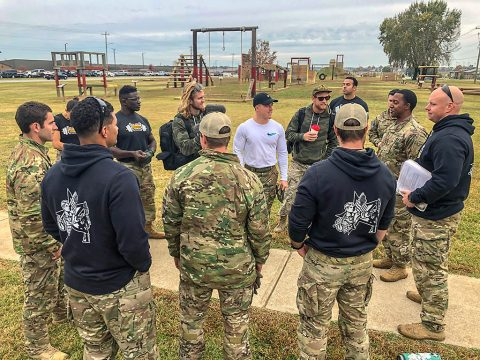 Professional CrossFit athlete Noah Ohlsen, along with members of the U.S. Army Warrior Fitness Team, meet with 5th Special Forces Group (Airborne) soldiers at Fort Campbell, Ky., Oct. 25 2019. Green Berets held multiple events throughout the day to show the physical fitness aspect of a special operations unit. (Sgt. Matthew Crane, 5th Special Forces Public Affairs Office)