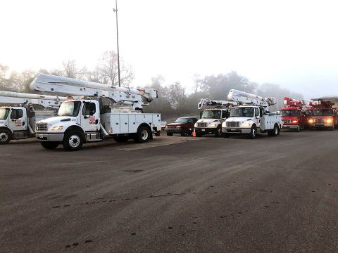 Crews roll out this morning to continue restoring power to Clarksville residents.