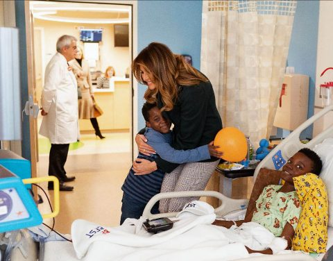 First Lady Melania Trump visits with patients and family members during a tour of the pediatric wing at Boston Medical Center. (Andrea Hanks, Official White House Photo)