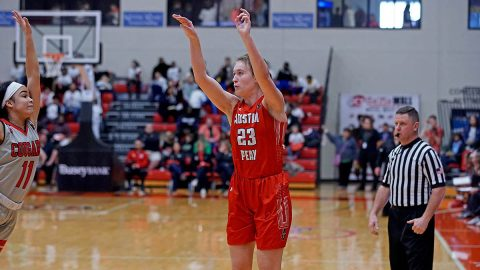 Austin Peay State University Women's Basketball sophomore #25 Maggie Knowles is shooting 45.6 percent from three-point range this season to lead the OVC. (APSU Sports Information)