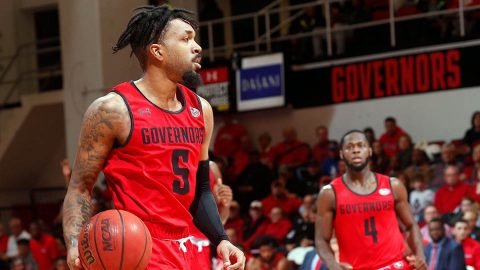Austin Peay State University Men's Basketball holds off Murray State for 71-68 win at the Dunn Center, Thursday night. APSU now sits atop of the OVC. (Robert Smith, APSU Sports Information)
