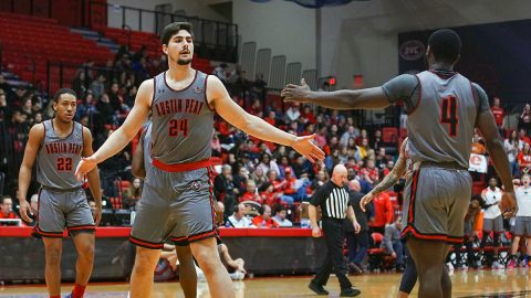 Austin Peay State University Men's Basketball takes down SIU Edwardsville 78-60 and takes the lead in the OVC. (APSU Sports Information)