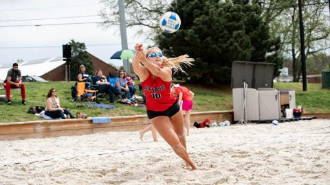 Austin Peay State University Beach Volleyball beats North Alabama 3-2 then later sweeps Hendrix 5-0 Friday at UCA Beach Tournament. (APSU Sports Information)