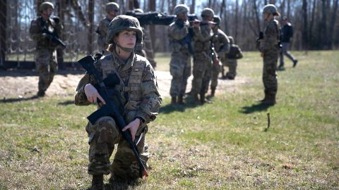 Austin Peay State University ROTC cadet Cherady Fine trains at Fort Campbell, Kentucky, recently. (APSU)
