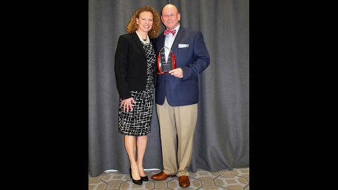 Austin Peay State University's Gregory R. Singleton receives the Outstanding First-Year Student Advocate Award. (APSU)